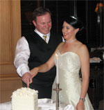 Alistair & Claire Lattimore Cutting Wedding Cake - 24 September 2005